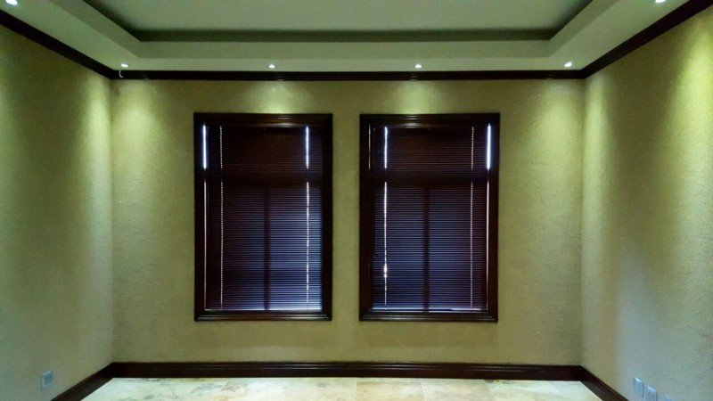 dark oak venetian aluminium blinds