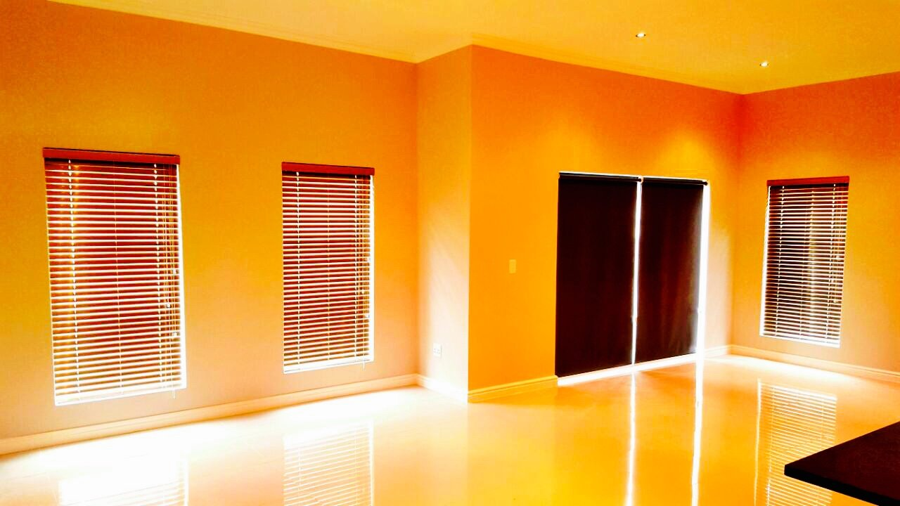installers of blinds in cape town for property development contractors