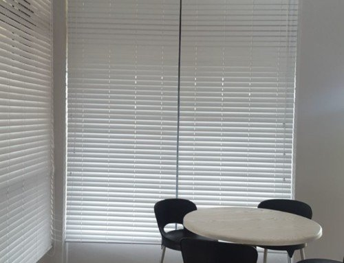 Office Blinds in Cape Town – White Venetian Blinds