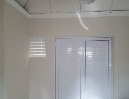 Small Blinds in Cape Town
