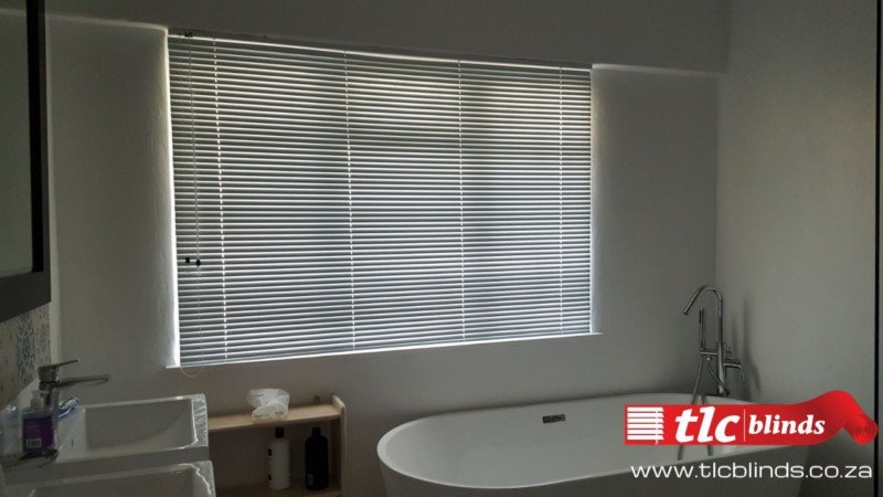 bathroom blinds from tlc blinds