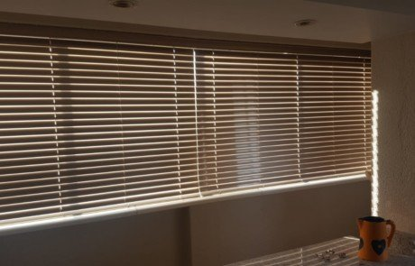 25 mm aluminium blinds - tlc blinds
