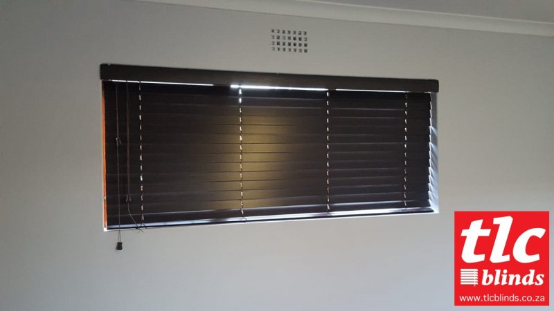 basswood wooden venetian blinds - tlcblinds cape town