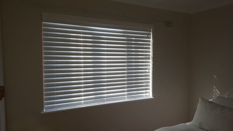 50mm Basswood Wooden Venetian Blinds