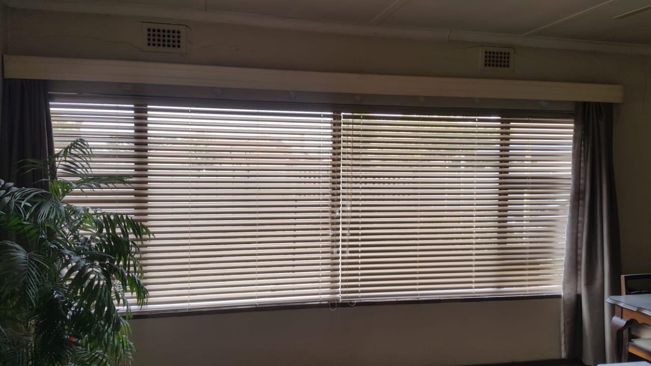 50 mm aluminium venetian blinds cape town - tlc blinds